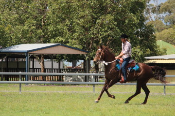 Oz Hicountry Mitch and Ruth McGill Ridden
