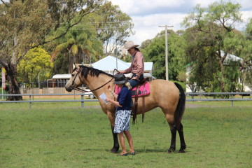 Tammie Pike and Wilga Park Golden Glory